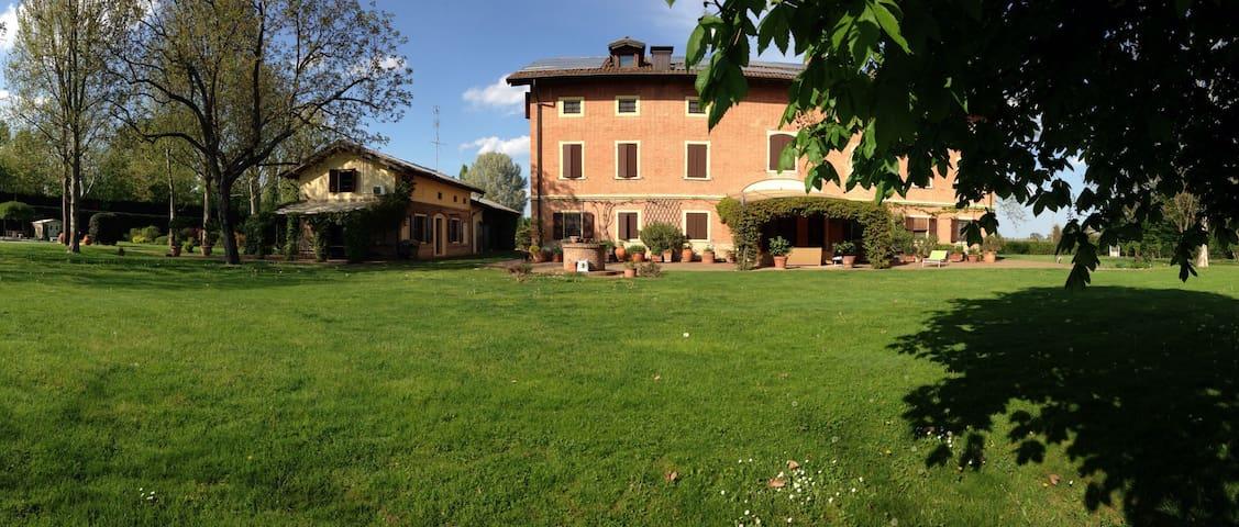 Elegante villa di campagna - Modena - Apartmen