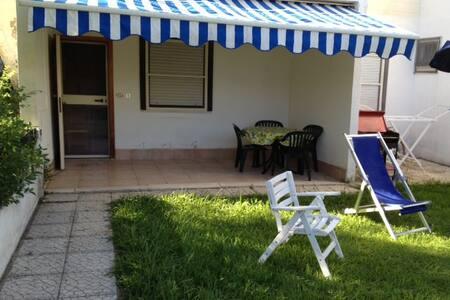 Botricello Vill. Costa del Turchese - Botricello - Willa