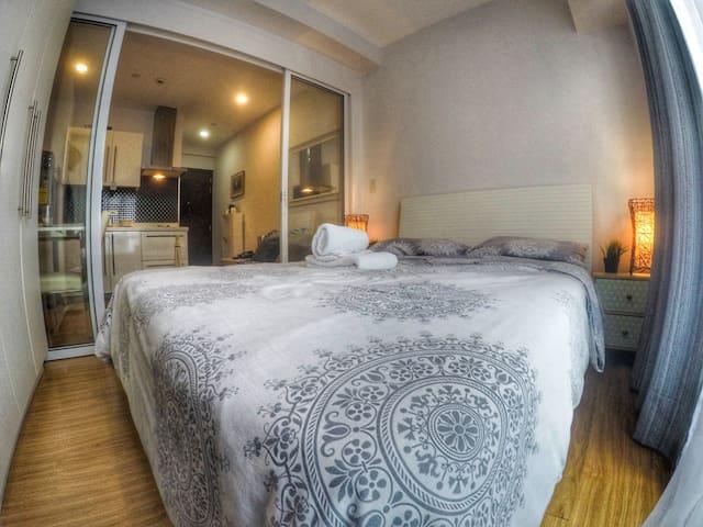 Locco's suite