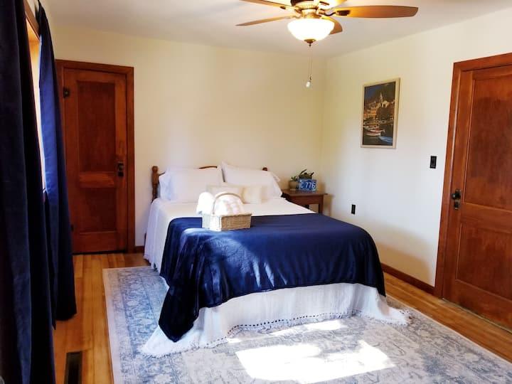 Monona Guesthouse, NE Iowa Driftless Area