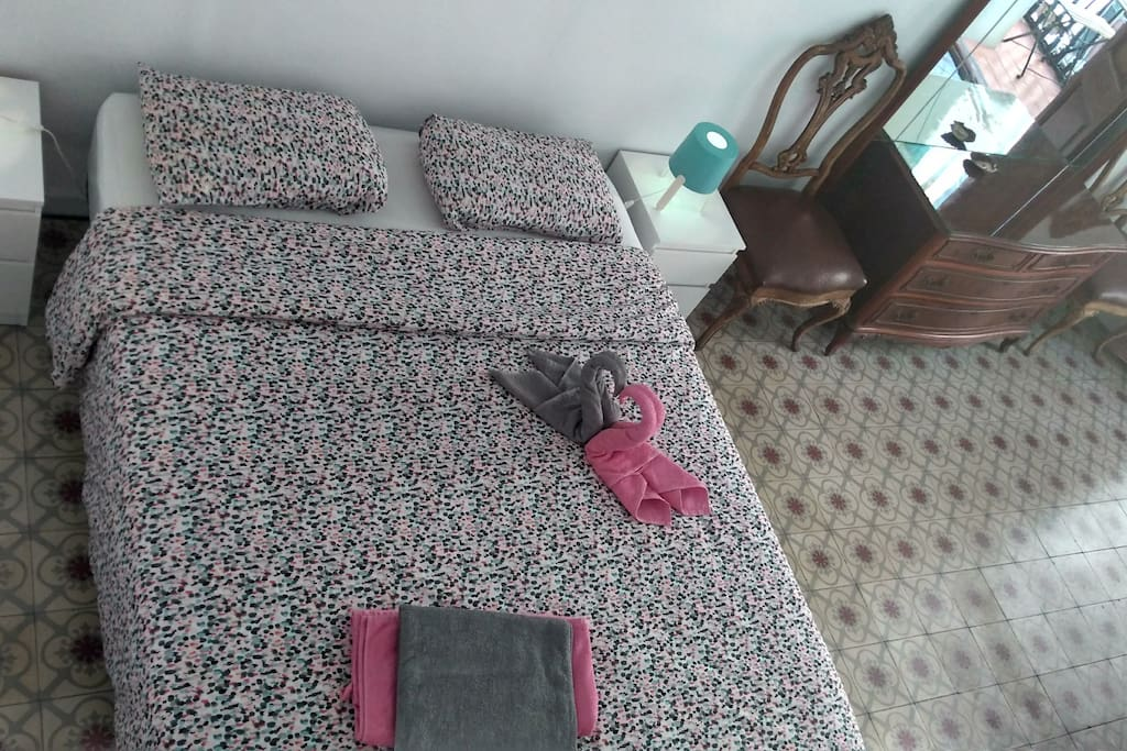 New double bed and vintage decor