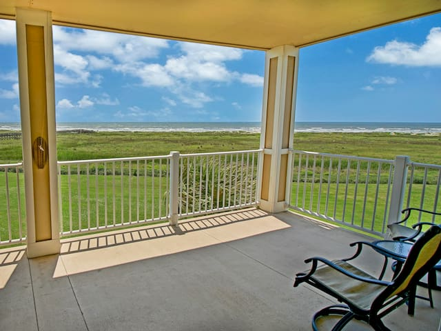 Take in expansive Gulf views from the private balcony, furnished with a 2-seat bistro table.