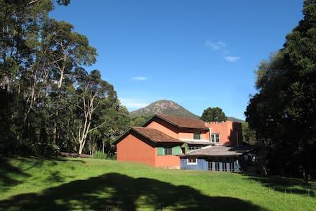 Refúgio de Montanha 5.13 -Alojamento Ecológico