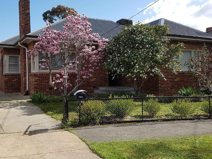 Clinker Cottage Bendigo