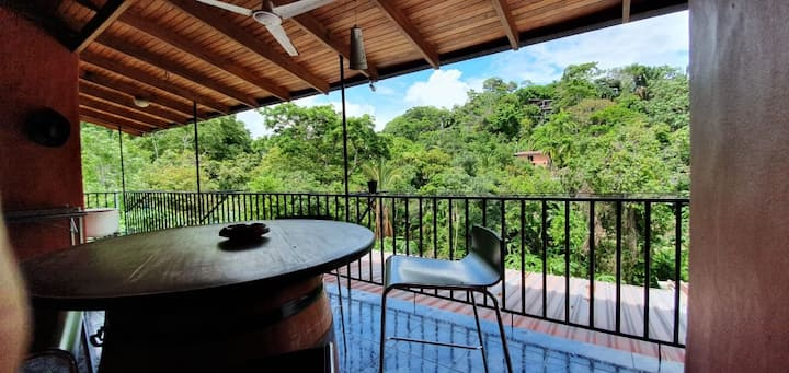 Private house, A/C in Manuel Antonio downtown