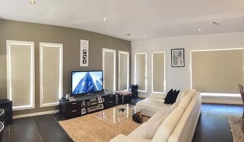 Luxury Bedroom 5 stars living 2 - Franklin