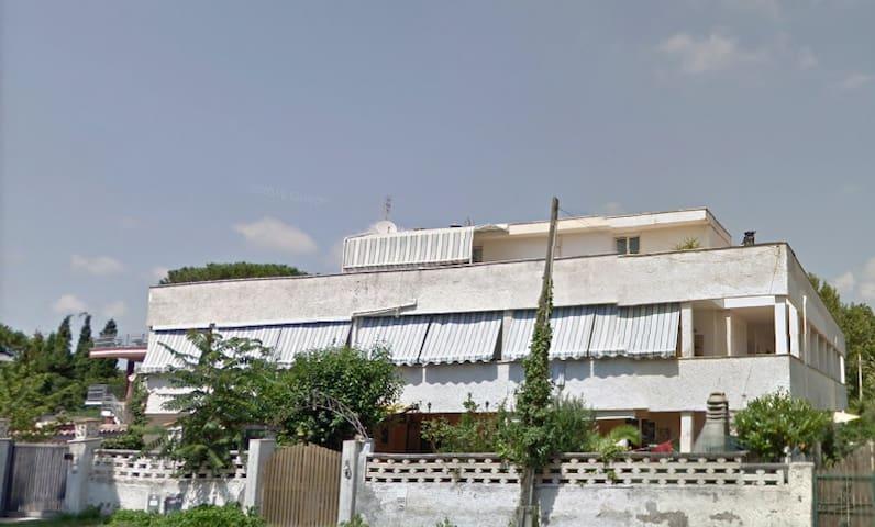 Silva Mar Villa 5 stanze, terrazzi 200 mt dal mare
