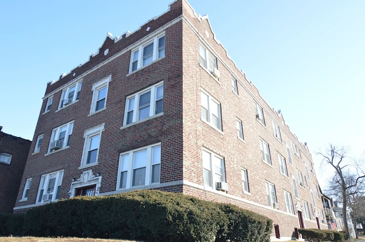 1008 Tamm, Centrally Located Apartment - St. Louis - Lejlighed