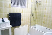 The En-suite bathroom for the master bedroom.