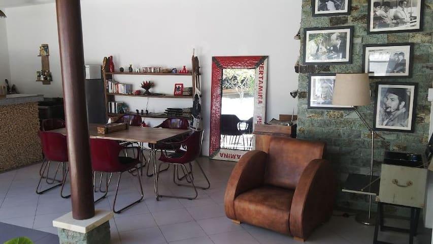 Villa Agus - oberoi seminyak - Dům