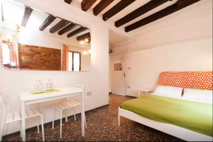 Cosy studio in Venice city centre