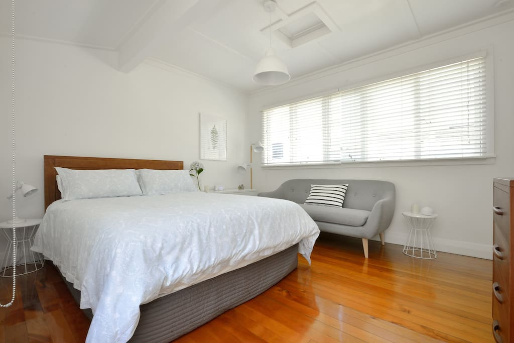 Large light room with great bed!