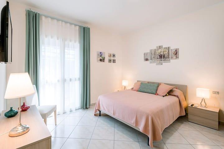 Room  & pool in the heart of Amalfi Coast
