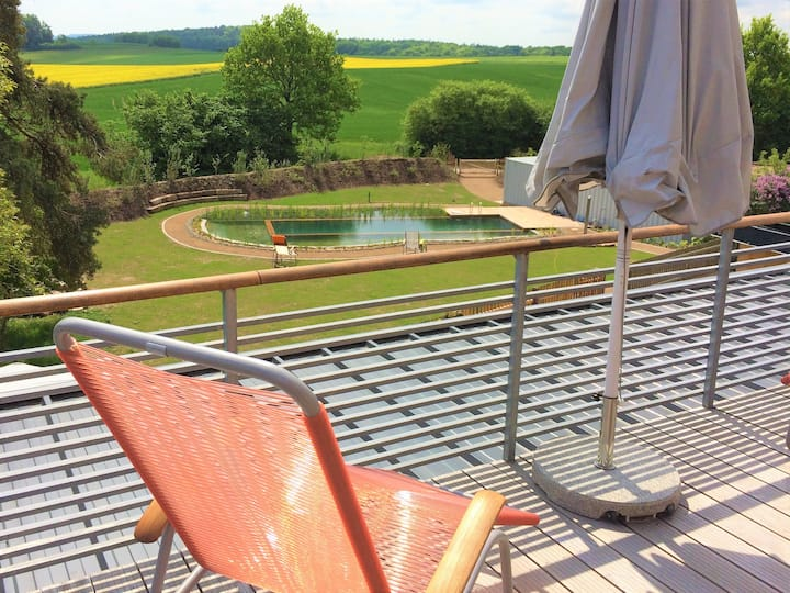 Ferienwohnung Brauhaus 3 (Königsberg), Design Appartement Malz(52qm) mit Pool und Balkon