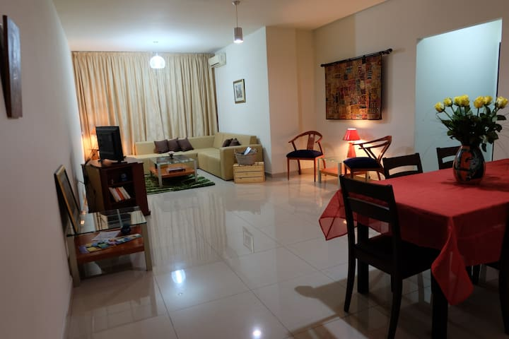 Charming & Spacious 3 Bedroom Apartment - Zouk Mosbeh - Apartamento