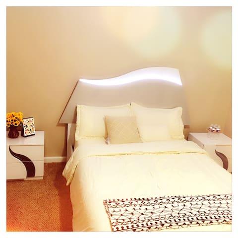 Sam99 homestay Sunflower Room