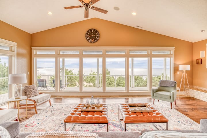 Beach House Newport Multi-decked, Contemporary Oceanfront Stunner has Four Bedrooms, Five Baths, Hot Tub.  Panoramic Views in Newport!