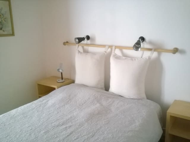 Double bedroom  Chambre double
