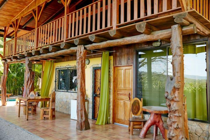villa mariola 1 Bed & Breakfast