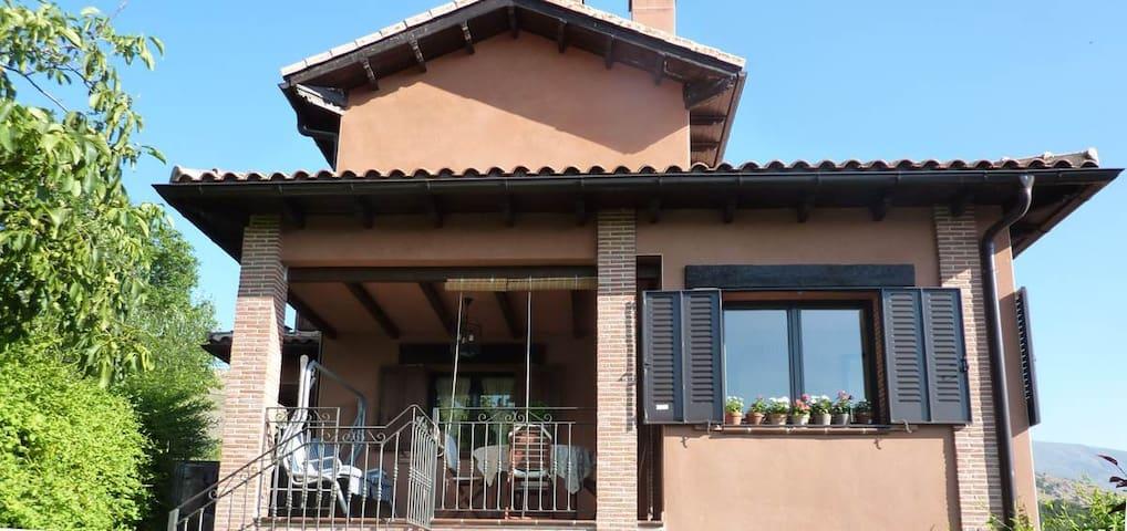 Casa Rural Celigredos - Navarrevisca - House