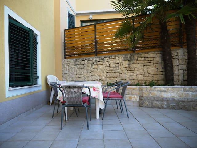 Holiday house Sara - Opatija - Casa