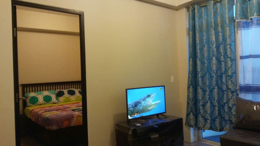 Luxury 1 BR flat, fully furnished