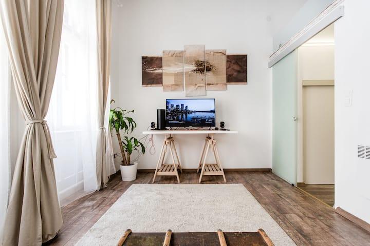⭐Design loft perfect for couples⭐Prime location