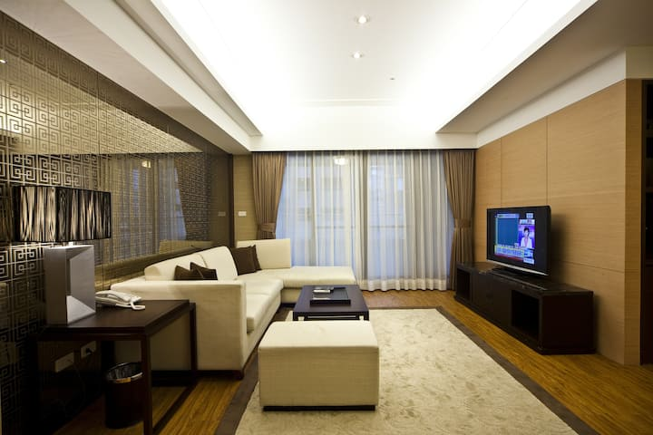 Family Two-Bedroom Suite (2 Double beds) MRT 台北車站