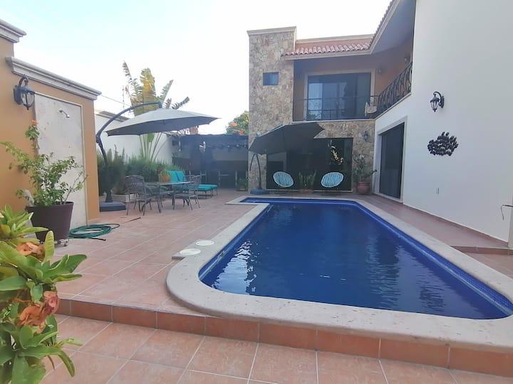 🏝 ★ Espectacular Casa con Alberca ★ 🏝 | 6 habs |