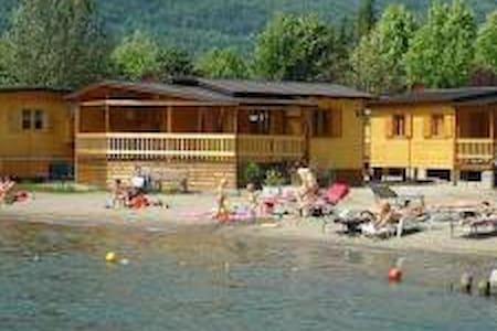 Porlezza chalet aan strand meer v.Lugano