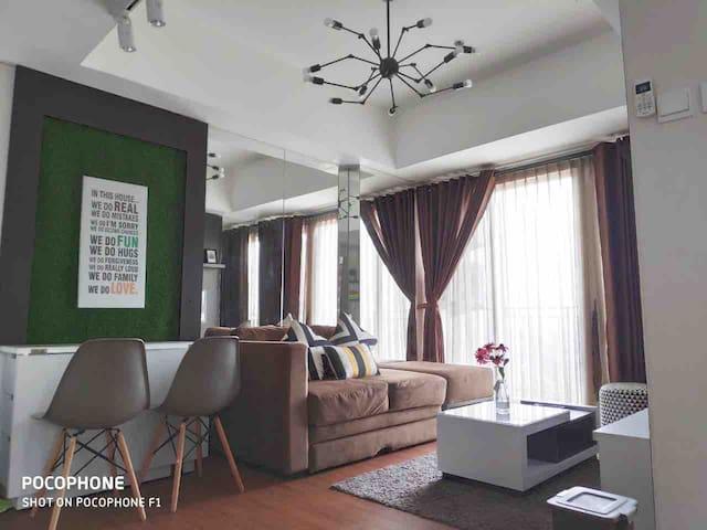Cozy Apartment at Altiz Apartment Bintaro