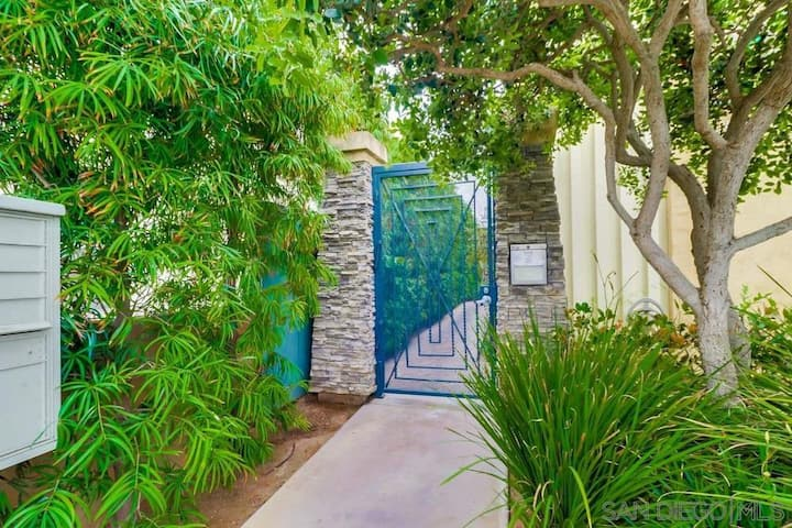 Charming Ocean Beach Condo- Steps to Sand and Surf