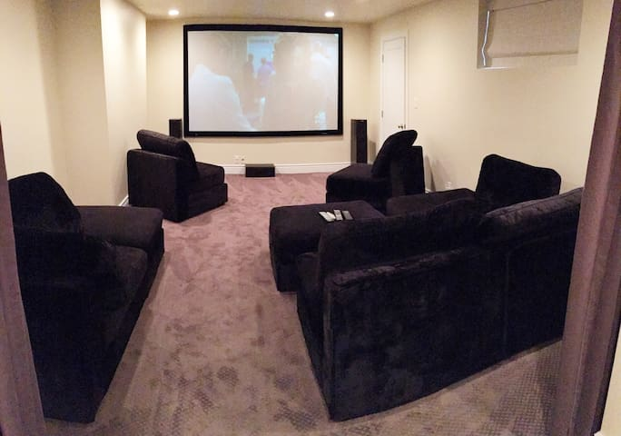 Entire spacious basement in SLC!