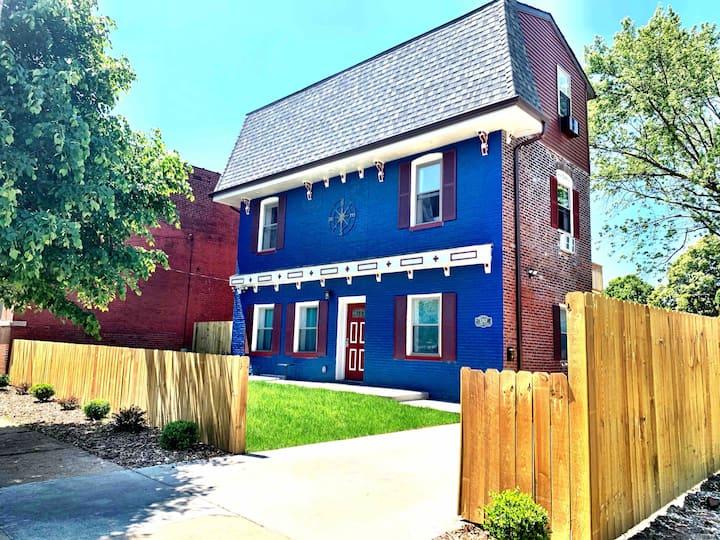 1 bdrm apartment historic South St. Louis  home