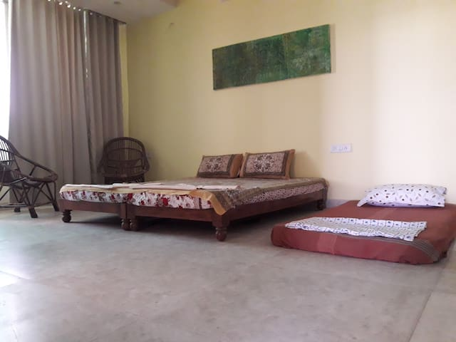 Neem Tree- A private room for your perfect stay!