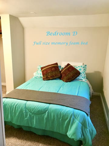 S4D Private Bedroom - 1.7 mi from Notre Dame