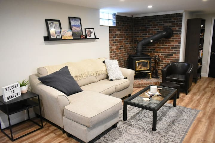 The Bunker - A Cozy Littleton Basement Stay