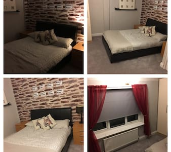 Cosy Double Room with Breakfast - Liverpool