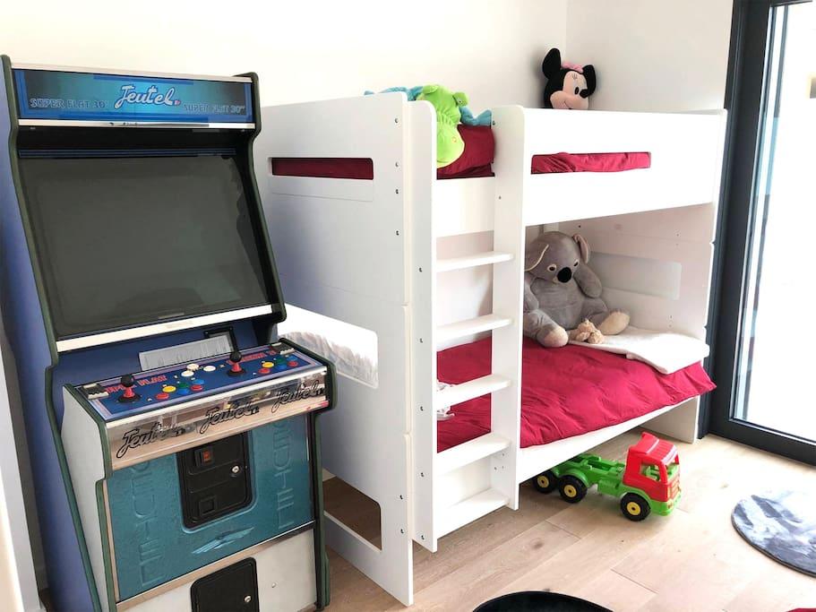 Chambre des enfants attenante