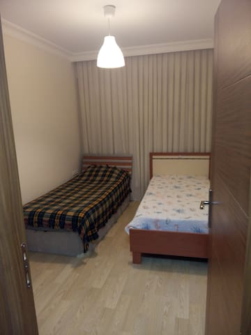 2Bed Prv Room with Bath forWeekends - Bornova