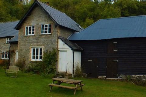 The Lodge Cottage, Cwmygerwyn
