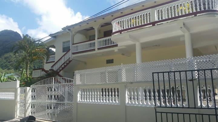 Diamond View Apartments (Mango.. Upper)