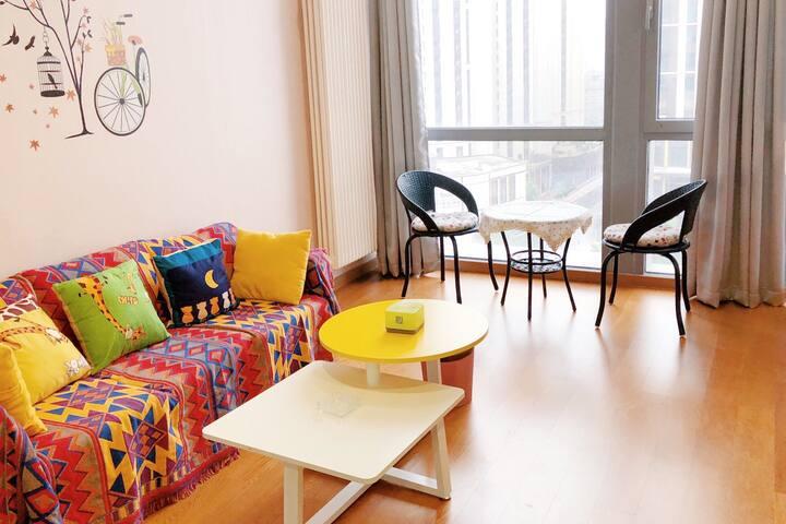 【沙漠之城】中昂时代广场Loft复式两层大落地窗整套公寓