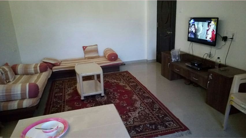 Beautiful 2BHK house with a great Garden and View - Mahabaleshwar  - Ev