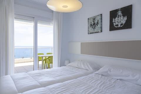 Apto Grand Luxe Vista mar frontal 2Dorm - Wifi
