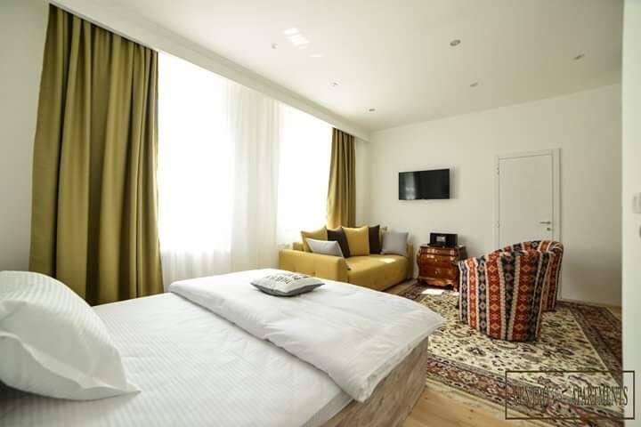 Centro Apartments, Apartment 1