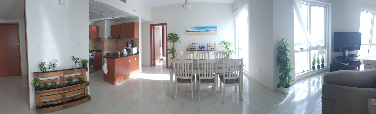 Beautiful Masteroom in Cozy&Homely Apt w/ Lakeview