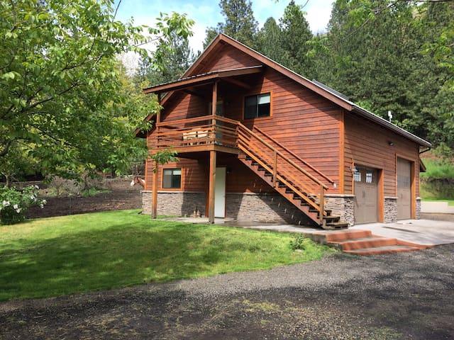 Bohemian artist studio up Mill Creek