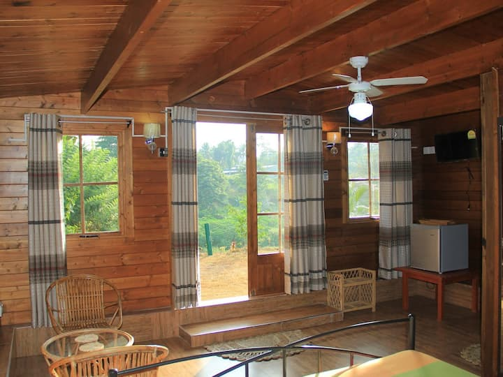 Deluxe River View Chalet -Family- AC - Ma-Oya Retreat