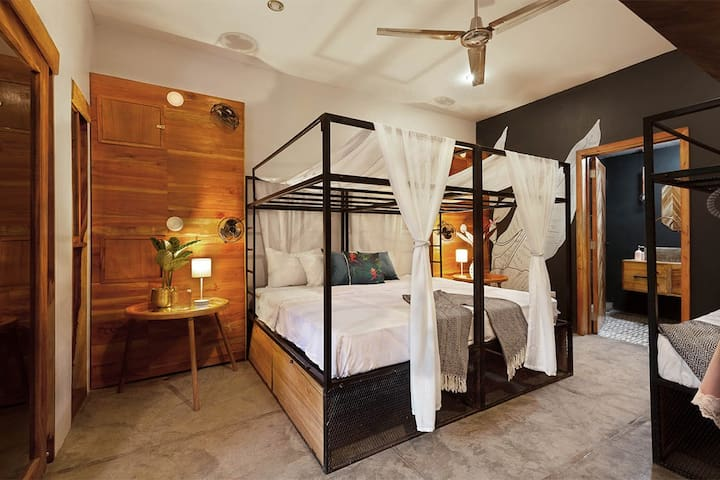 the SPACE - Boutique hostel - Private room + Fan